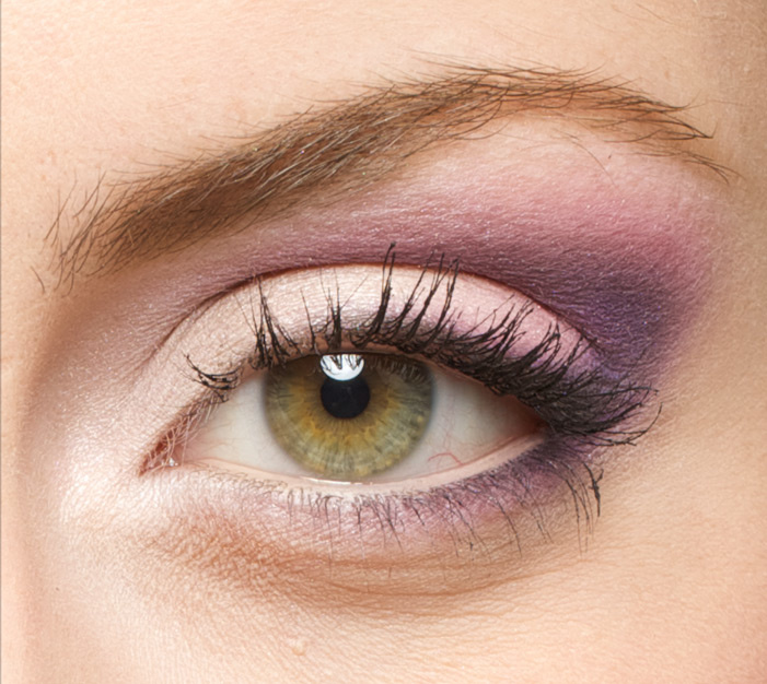 Eye brows waxing should be done 1-2 days prior to the shoot