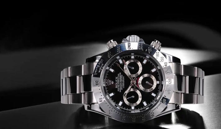 Lee Morris Attempts To Shoot A Rolex Watch
