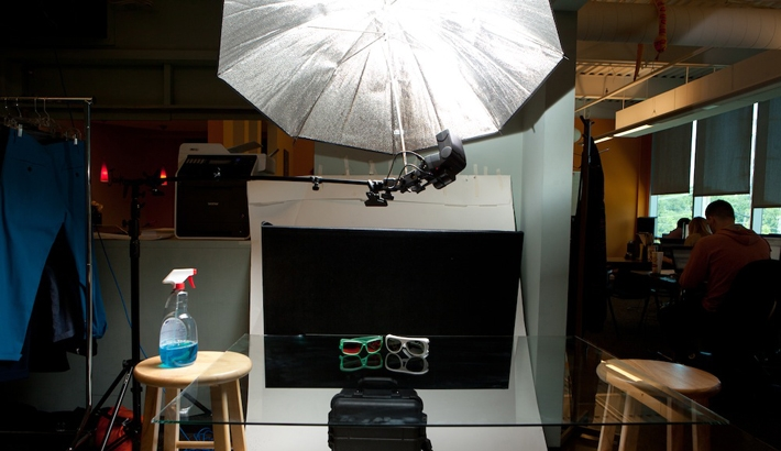 Fstoppers Lighting Diagrams:  Shooting Products on Black