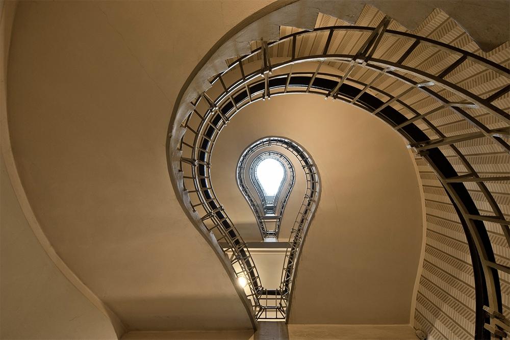 Lightbulb Spiral