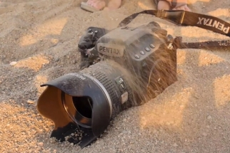 Running an $8.5K Camera Under a Shower —For Science (Pentax 645Z Weatherproof Test)