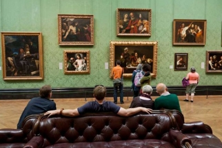 The Power of Social Media: National Gallery Allows Mobile and Amateur Photos of Art