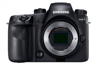 The Samsung NX1 Arrives in Stores Just in Time for the Holidays