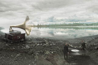 A 20 Second Behind-the-Scenes Video Detailing Erik Johansson's Soundscapes