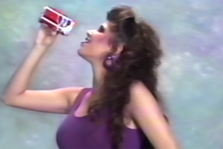 Learn How To Be An 80s Model In This Hilarious Instructional Video