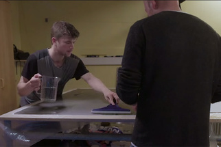 Video Shows The Process Of Creating A Massive 4x5 Foot Print In The Darkroom