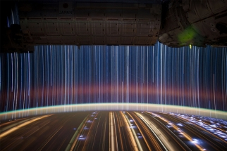 Amazing Star Streak Photos by Don Pettit