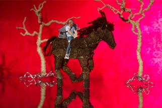 3000 + Hand Cut Pictures in Stop Motion