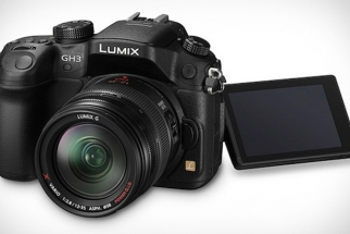 The New Panasonic GH3 Has Impressive Specs, See It In Action With Philip Bloom