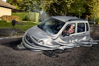 Melting Cars, CGI and Post-Production By Souverein