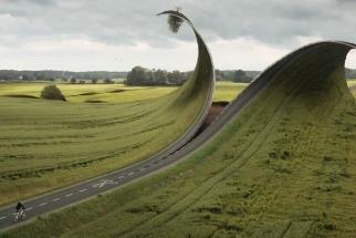 Watch As Photographer And Digital Artist Erik Johansson Creates A Gorgeous And Surreal Landscape Scene