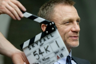 "Series Of Behind The Scenes Videos From The New James Bond Movie ""Skyfall"""