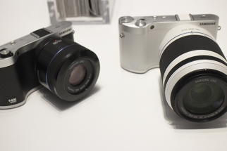 Video Preview of Samsung's New NX300 & 2D/3D Lens