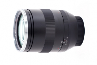 Fstoppers Review: The Zeiss 135mm f/2 APO Sonnar Is Magnificent