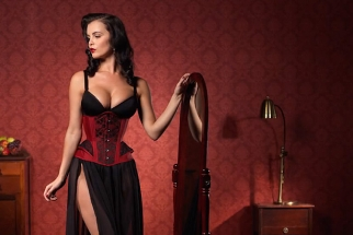 Lingerie and Corsetry Photoshoot with Karl Taylor (NSFW)