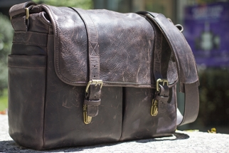 Fstoppers Review: The ONA Leather Brixton Stylish Camera Bag
