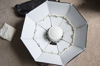 Fstoppers Reviews the Phottix Luna Collapsible Beauty Dish