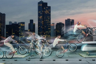 Behind the Scenes: Light Painting and Morphing with Red Bull