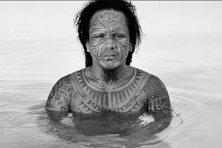 Photographer Chris Rainier Tells the Inspiring Stories of His World Travels