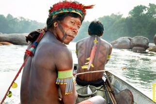 Martin Schoeller Shoots in the Brazilian Rainforest for Nat Geo