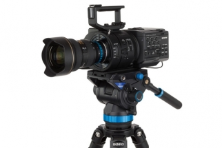 The Benro S8 is a Super-Stable Tripod That Hits Nearly All the Right Notes