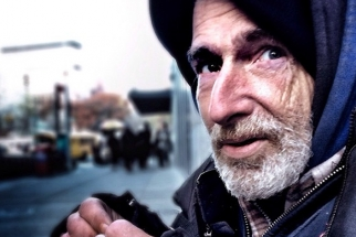 You Can Help a Homeless Former Photographer Get Another Chance at Life