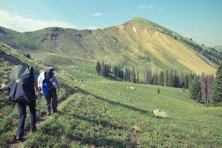 Tips For Packing Photo Or Video Gear On Hiking And Backpacking Trips