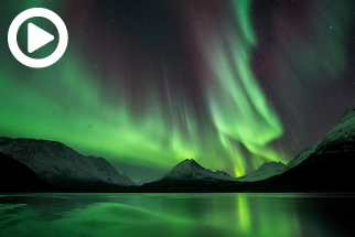 Filmmaker Captures The Aurora Borealis In Jaw Dropping Real-Time Film