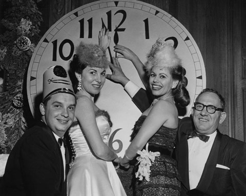 15 Photos From Long Ago New Years