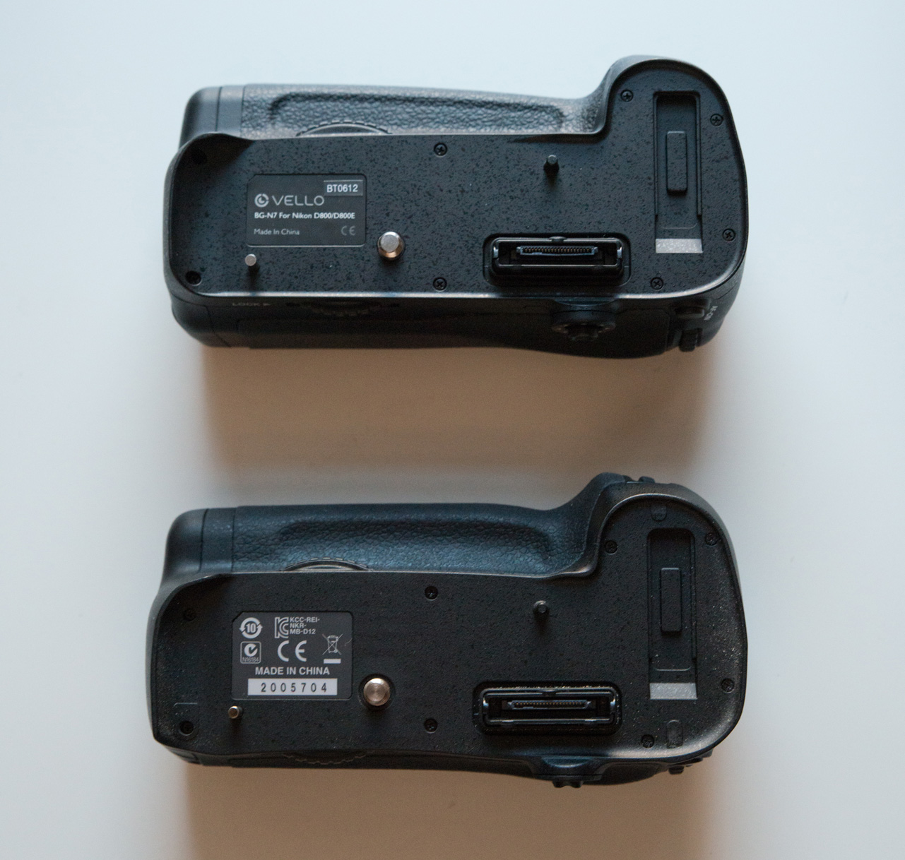 Nikon MB-D12 vs Vello BG-N7 grip review