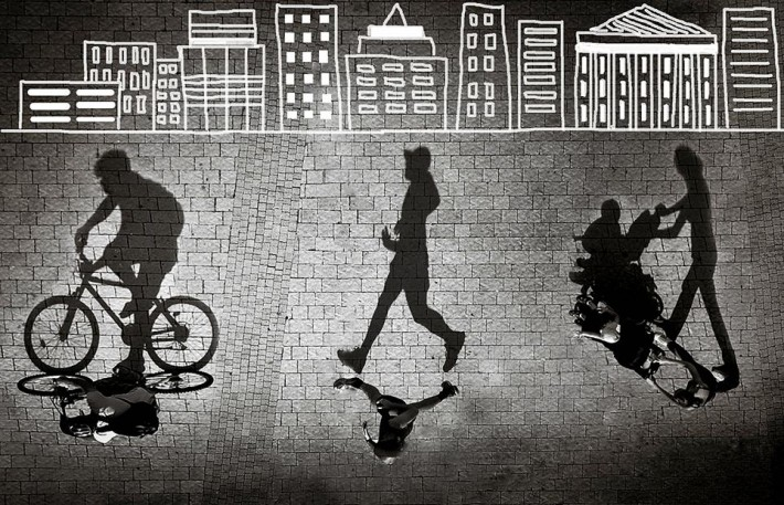 Smithsonian-photo-contest-alteredimage-silhouettes-pedestrians-violet-kashi