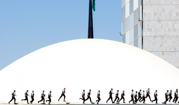 smithsonian-photo-contest-people-police-brasilia-brazil-olivier-boels