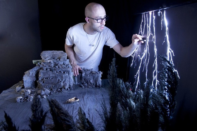 Matthew Albanese creates incredible miniature lightning