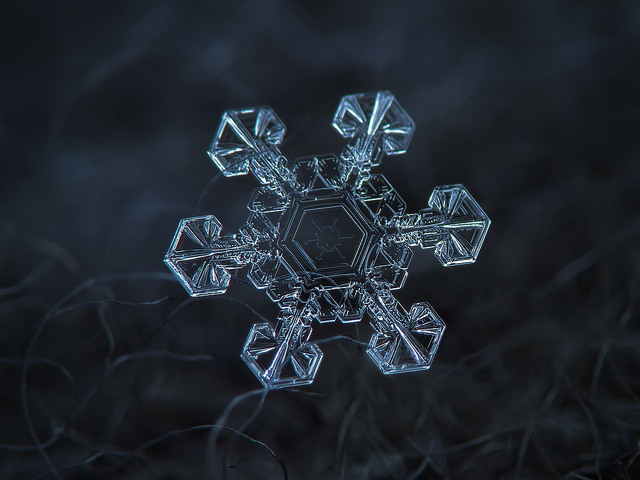 fstoppers-snowflakes-alexey (13)