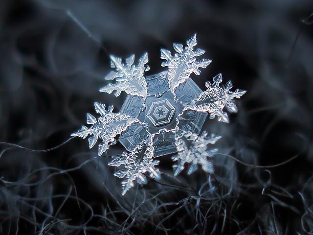 fstoppers-snowflakes-alexey (7)