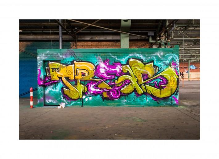Fstoppers_Davidgeffin_davegeffin_geffinmedia_Selinamiles_Limitless_graffiti_featured1.2