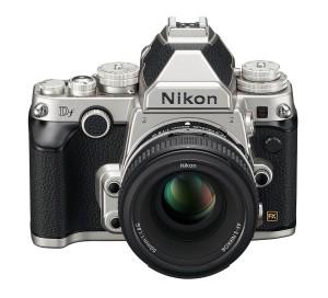 nikon df camera size