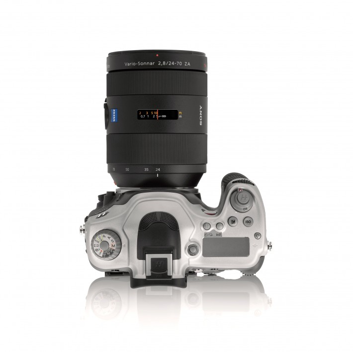 Fstoppers Hasselblad-HV_top_w