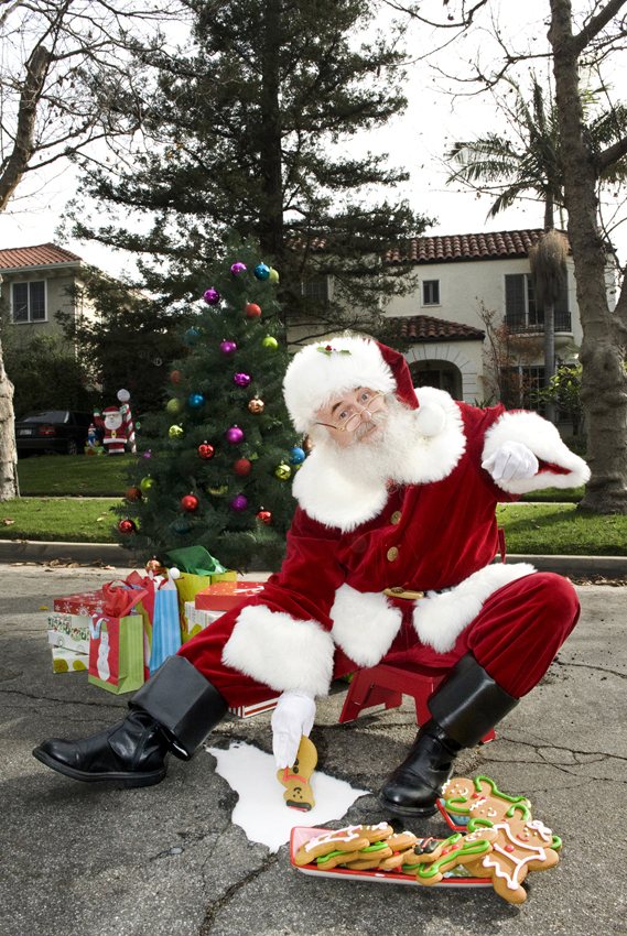 Santa Claus - Tremaine Street.Los Angeles