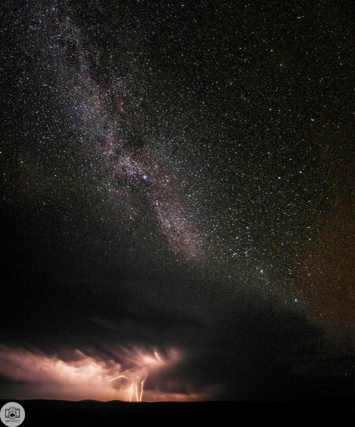 lightning-milky-way-shoot-the-skies-tanner-wendall-stewart-john-schell