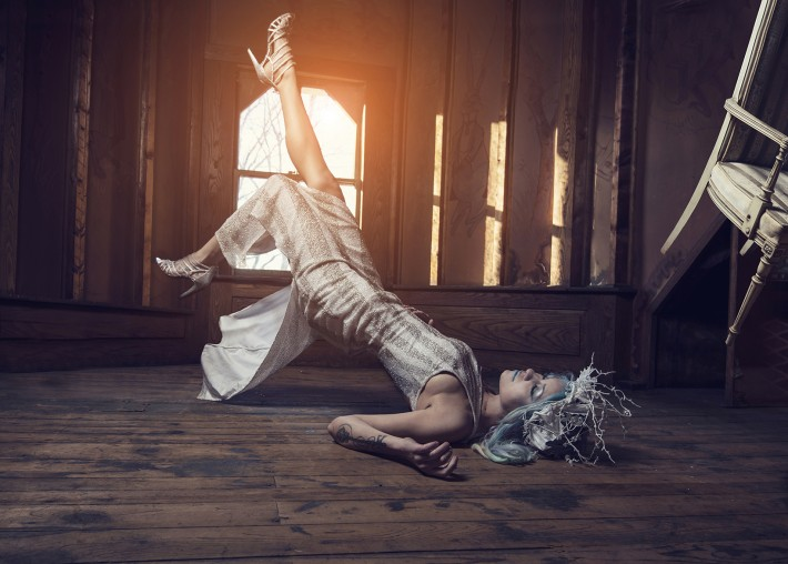 fstoppers-dani-diamond-how-to-shoot-pictures-of-people-floating-levitation34