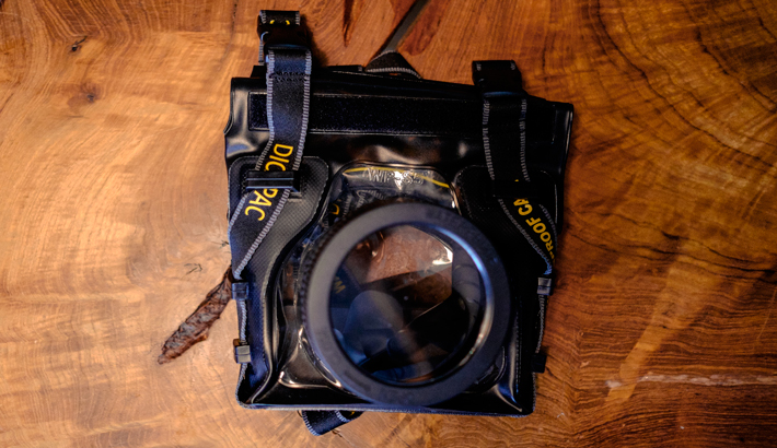 fstoppers-travel-guide-underwater-casing