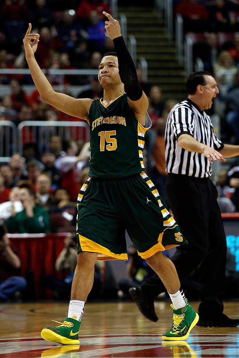 when photos lie high school basketball giving the finger