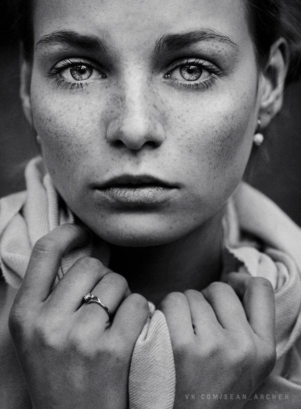 fstoppers-dani-diamond-sean-archer-stansilav-puchkovsky-natural-light-female-model-portrait-photographer16
