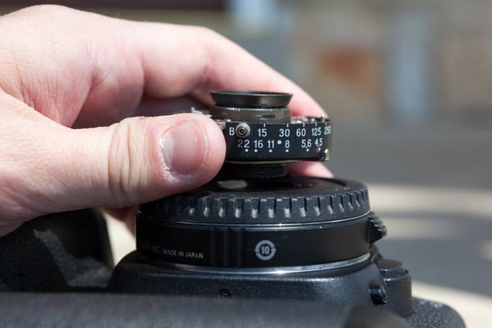 Lubitel 2 to Canon EOS Retrofit