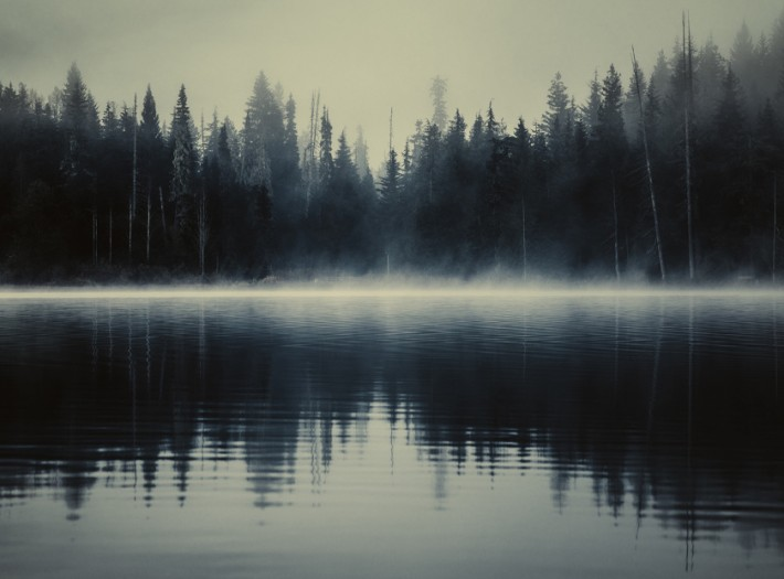 'Lost Lake': The Ethereal, Foggy Lanscapes of British ...