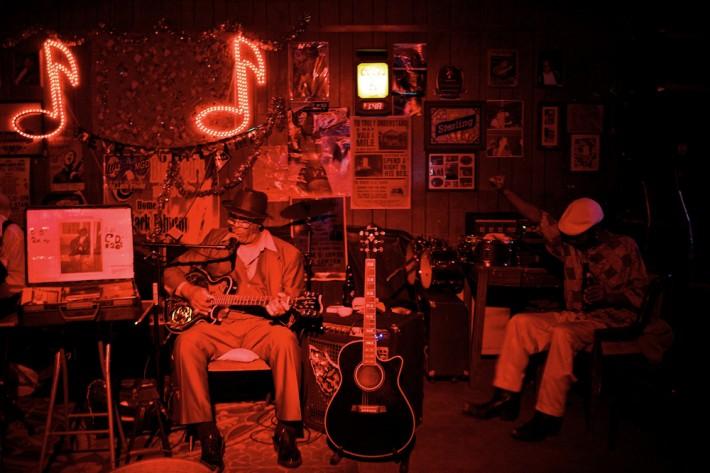Lou-Bopp-Blues-Mississippi-1